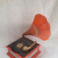 Gramófonos y gramolas: PRECIOSA GRAMOLA DE JUGUETE!. Lote 210618583