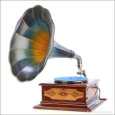 Gramófonos y gramolas: ANTIGUO GRAMÓFONO ODEON CON MARQUETERÍA. ALEMANIA, CIRCA 1915.. Lote 210662622