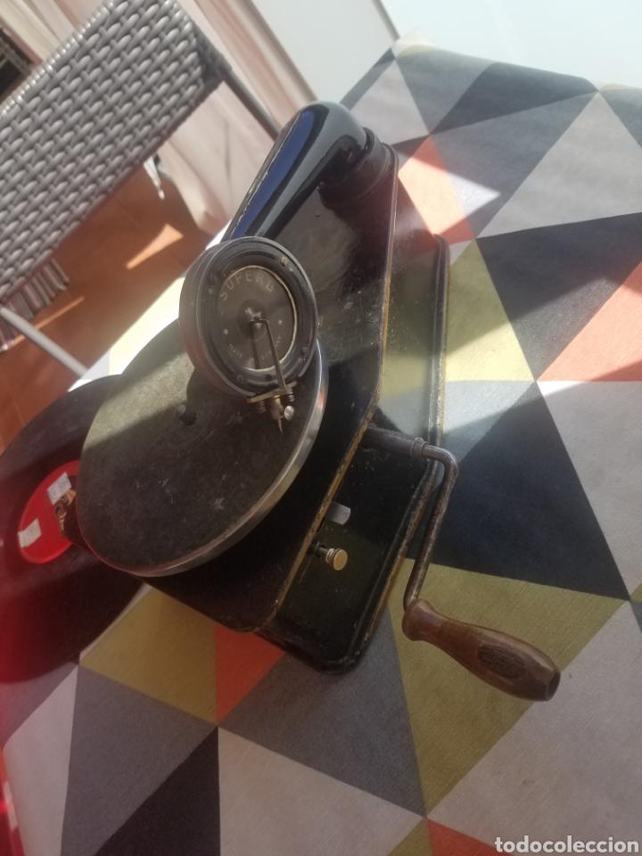 Gramófonos y gramolas: Antiguo Gramofono pequeño BINGOLA 1920.GRAMOPHONE - Foto 8 - 215087916