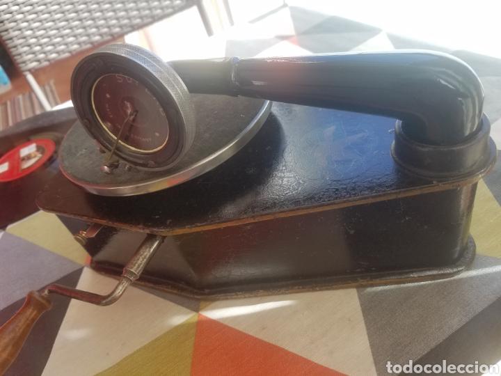 Gramófonos y gramolas: Antiguo Gramofono pequeño BINGOLA 1920.GRAMOPHONE - Foto 9 - 215087916