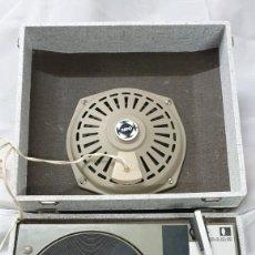 Gramófonos y gramolas: TOCADISCOS VINTAGE MARCA FARO. Lote 215414760