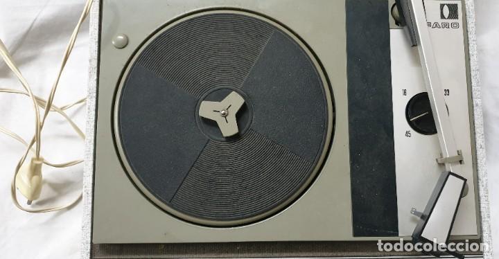 Gramófonos y gramolas: TOCADISCOS VINTAGE MARCA FARO - Foto 4 - 215414760