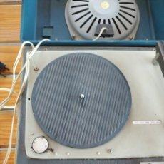 Gramófonos y gramolas: TOCADISCOS ANTIGUO. Lote 216888940