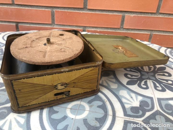 Gramófonos y gramolas: Pequeño gramófono gramola infantil pygmex. Más poniendo USMO - Foto 2 - 220541886