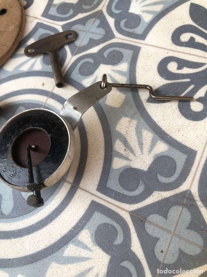 Gramófonos y gramolas: Pequeño gramófono gramola infantil pygmex. Más poniendo USMO - Foto 10 - 220541886