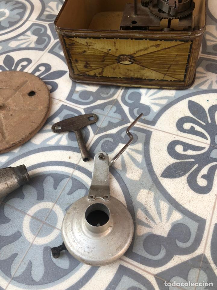Gramófonos y gramolas: Pequeño gramófono gramola infantil pygmex. Más poniendo USMO - Foto 11 - 220541886