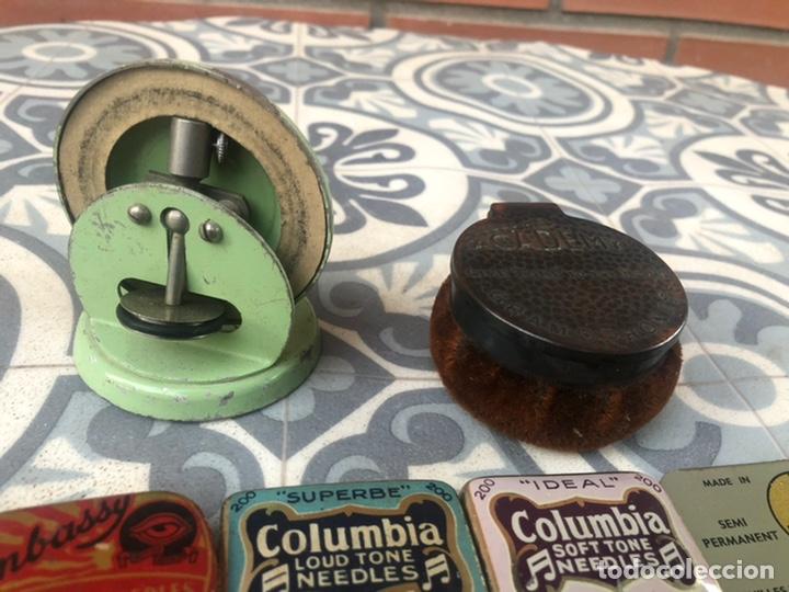 Gramófonos y gramolas: Lote 37 cajas latas de aguja gramófono. Más poniendo USMO - Foto 7 - 220627996