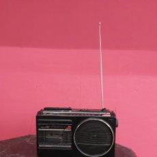Gramófonos y gramolas: RADIO CASSETTE SANYO ANTIGUO FUNCIONA. Lote 221344702