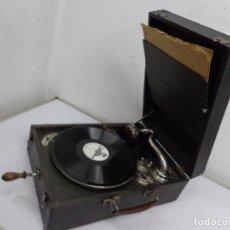 Gramófonos y gramolas: MUY ANTIGUA SOBRE 1900, BONITA E IMPORTANTE GRAMOLA A CUERDA, COMPLETA, MUY BUEN ESTADO FUNCIONANDO. Lote 221710215