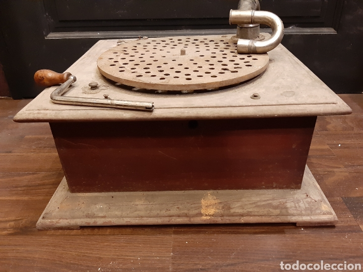 Gramófonos y gramolas: GRAMÓFONO PARA RESTAURAR PRINCIPIOS SIGLO XX MEDIDAS 40X40X15 Cms (G) - Foto 14 - 222067370