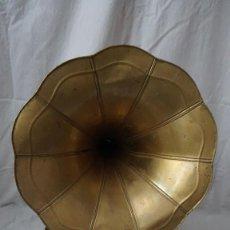 Gramófonos y gramolas: GRAMOFONO. Lote 222247760