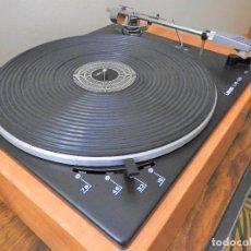 Gramófonos y gramolas: TOCADISCOS LENCO L75-D16 SOBRE PLINTO ARTESANAL EN MADERA. Lote 222261730