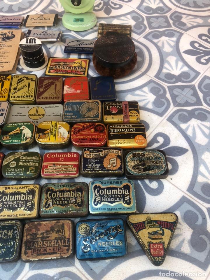 Gramófonos y gramolas: Lote 37 cajas latas de aguja gramófono. Más poniendo USMO - Foto 5 - 220627996