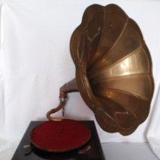 Gramófonos y gramolas: GRAMÓFONO LA VOZ DE SU AMO. Lote 222927292