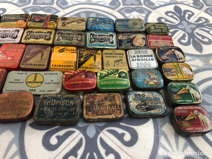 Gramófonos y gramolas: Lote 37 cajas latas de aguja gramófono. Más poniendo USMO - Foto 19 - 220627996