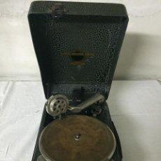 Gramófonos y gramolas: GRAMÓFONO PORTÁTIL VIVA TONAL GRAFONOLA - MARCA N° 100 COLUMBIA. Lote 226056373