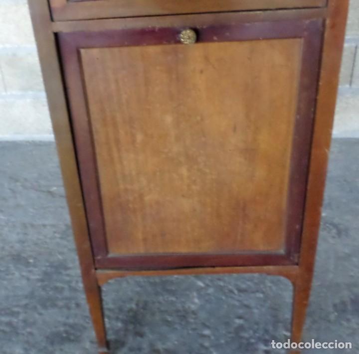 Gramófonos y gramolas: GRAMOLA O GRAMOFONO DE MADERA -- No funciona - Foto 11 - 227266975