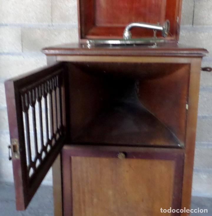 Gramófonos y gramolas: GRAMOLA O GRAMOFONO DE MADERA -- No funciona - Foto 13 - 227266975