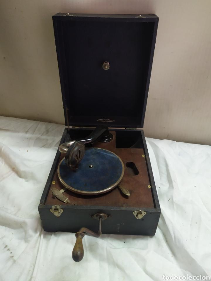 ANTIGUA GRAMOLA DISCO PEQUEÑO DE MANIVELA SIGLO XIX FUNCIONA (Radios, Gramófonos, Grabadoras y Otros - Gramófonos y Gramolas)