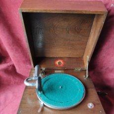 Gramófonos y gramolas: GRAMOFONO DE SALON POLYPHON, DECADA 1900, EXCELENTE Y FUNCIONANDO. Lote 235072480