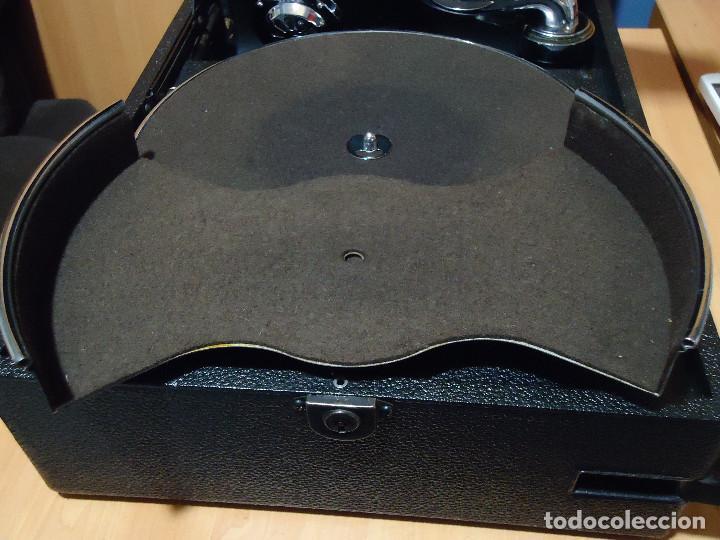 Gramófonos y gramolas: MAGNIFICO E IMPECABLE GRAMOFONO VOZ DE SU AMO - Foto 8 - 236894485