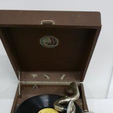 Grammofoni e gramolas: GRAMOLA SOVIÉTICA. Lote 238338735