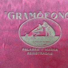 Gramófonos y gramolas: ALBUM CON 12 DISCOS DE PIZARRA O PIEDRA DE MUSICA PARA GRAMOFONO. Lote 240063130