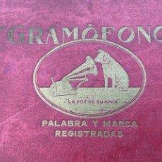 Gramófonos y gramolas: ALBUM CON 12 DISCOS PIZARRA O PIEDRA DE MÚSICA PARA GRAMOFONO. Lote 240098695