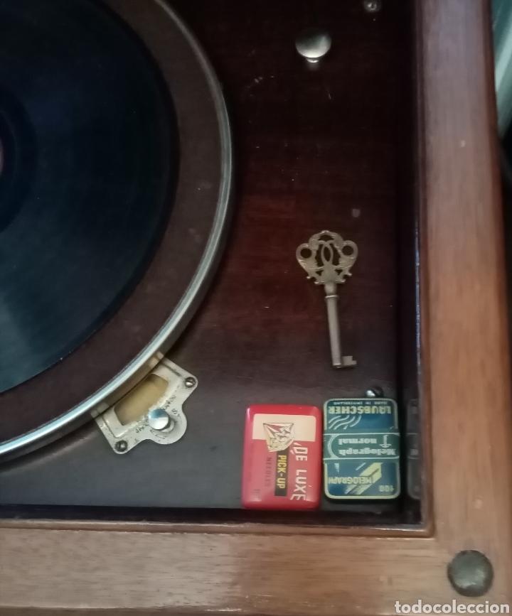 Gramófonos y gramolas: Gramola en mueble: la voz de su amo: --mando vídeo para ver que está en funcionamiento-- - Foto 4 - 240199825