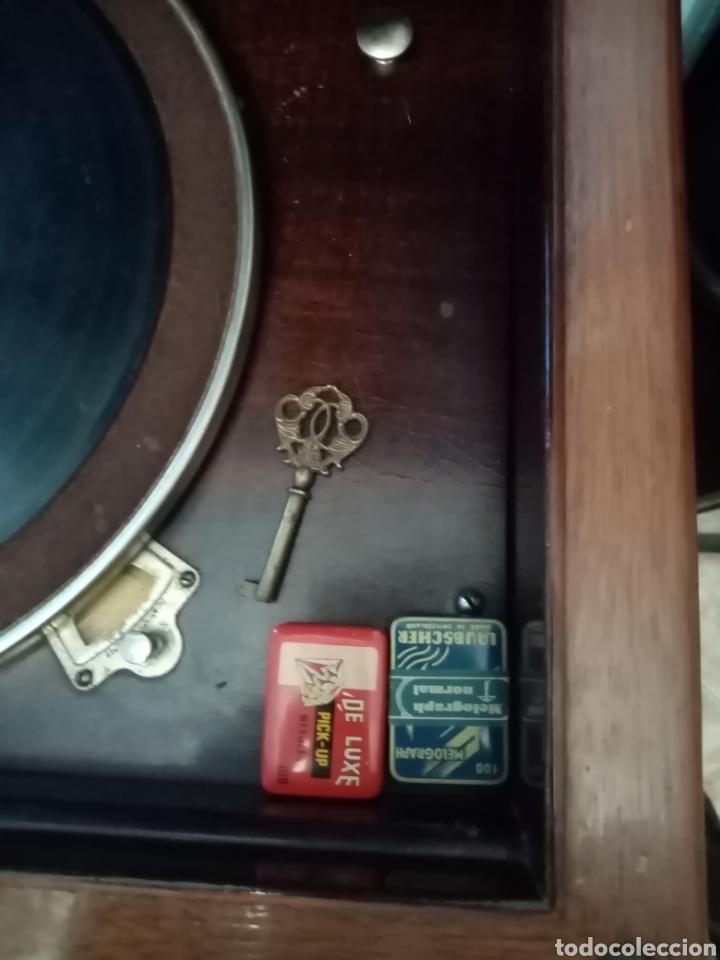 Gramófonos y gramolas: Gramola en mueble: la voz de su amo: --mando vídeo para ver que está en funcionamiento-- - Foto 11 - 240199825