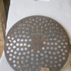 Gramófonos y gramolas: PLATO GRAMOFONO HUSADO DIAMETRO 29 CM.. Lote 241628530