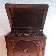 Gramófonos y gramolas: RADIO GRAMOLA, MARCA PHILIPS. AÑOS 30-40.. Lote 243639560