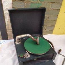 Gramófonos y gramolas: ANTIGUA GRAMOLA DE MANIVELA SIGLO XIX FUNCIONA. Lote 248734675