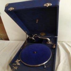 Gramophones: ANTIGUA GRAMOLA DE MANIVELA IMPECABLE. Lote 252039455