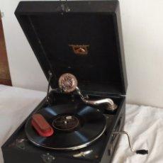 Gramophones: IMPRESIONANTE GRAMOLA DE MANIVELA LA VOZ DE SU AMO. Lote 252076355