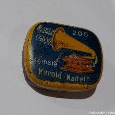 Gramófonos y gramolas: CAJA AGUJAS MUY ESCASA !! FEINSTE HEROLD NADELN, MADE IN BAVARIA ( NURNBERG ).VER FOTOS. Lote 252086265