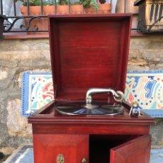 Gramophones: GRAMOLA / GRAMOFONO PARA DISCOS PIZARRA. ORIGINAL. FUNCIONA!. Lote 263764285