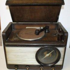 Gramófonos y gramolas: RADIO GRAMÓFONO GRAMOLA MARCA GRAWOR MODELO MAGESTIC RG 5085-5086. PRINCIPIOS SIGLO XX. Lote 265446069