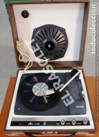 ANTIGUO TOCADISCOS - COSMO B-3010 - FUNCIONA PERFECTAMENTE - (Radios, Gramófonos, Grabadoras y Otros - Gramófonos y Gramolas)