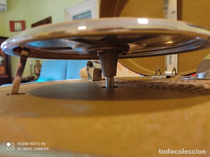 Gramófonos y gramolas: Gramófono Odeón System Vadasz. Portátil. Alemania 1930. Bauhaus. - Foto 13 - 258092375