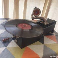Gramófonos y gramolas: ANTIGUO GRAMOFONO PETER PAN 1923. Lote 271030063