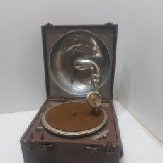 Gramófonos y gramolas: ANTIGUO GRAMOFONO DE MALETA ICA-FONO AÑOS 40. Lote 276277868