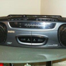Gramófonos y gramolas: RADIO CASETE SANYO PERFECTO COMO NUEVO. Lote 277858318