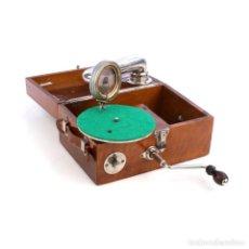 Gramófonos y gramolas: RARO GRAMÓFONO DE VIAJE LEOPHON. ALEMANIA, CIRCA 1925. Lote 279521118