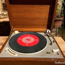 Gramófonos y gramolas: LENCO L70. Lote 288341053