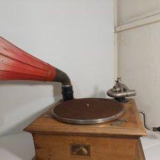 Gramófonos y gramolas: GRAMÓFONO DE TROMPA LA VOZ DE SU AMO. Lote 295590318