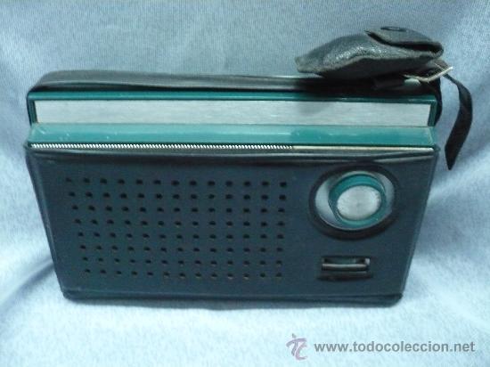 RADIO TRANSISTOR INTER A PILAS (Radios, Gramófonos, Grabadoras y Otros - Transistores, Pick-ups y Otros)