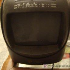 Radios antiguas: PEQUEÑITA, PEQUEÑA RADIO TELEVISOR MARCA POLAR 22 X 20 X 24 CM , FUNCIONANDO. Lote 22279352