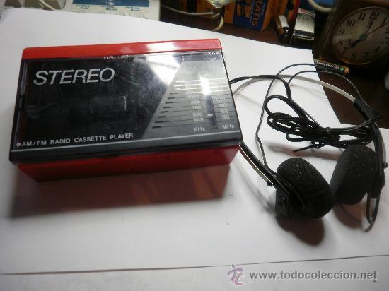 ANTIGUO RADIO CASSETTE (Radios, Gramófonos, Grabadoras y Otros - Transistores, Pick-ups y Otros)