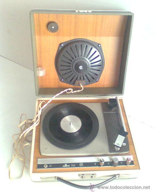 ANTIGUO TOCADISCOS MARCA COSMO, EN PERFECTO FUNCIONAMIENTO (Radios, Gramófonos, Grabadoras y Otros - Transistores, Pick-ups y Otros)